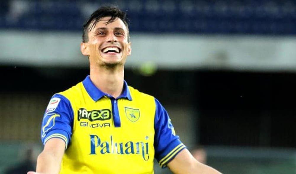 Il Napoli saluta Inglese, è del Parma