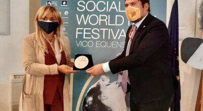 """Ester Gatta è """"Ambassador International Competition 2020"""" del Social World Film Festival"""