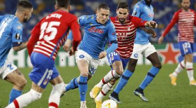 Napoli-Granada 2-1, azzurri eliminati