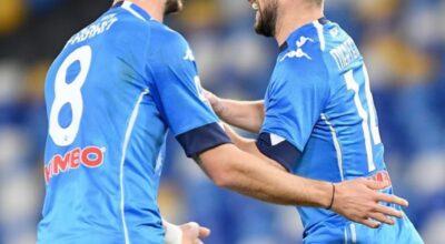Napoli-Benevento 2-0, Mertens torna e colpisce